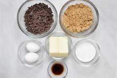 Chocolate & wet ingredients